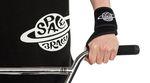 Bei Space Brace hat man das Produktsortiment neben der bekannten Fußstütze um eine sogenannte Wrist Brace, sprich: eine Handgelenkstütze, erweitert.