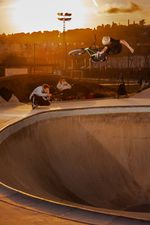 Ezequiel Helmreich Martinez, One Handed X-Up während der Golden Hour