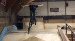 Jannik Pertz und Niklas Tilk waren in Heerlen, um sich im Promise Skatepark eine Runde Whips, Barspins und Crankflips zu gönnen.
