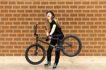 Kim Lea Müller ist eine der talentiertesten Nachwuchsfahrerinnen des Landes. Wir haben ihr Rädchen von All In BMX einmal genauer unter die Lupe genommen.