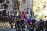 Vincenzo Nibali (Bahrain Merida) gewinnt Mailand–Sanremo in einem spannenden Finale auf den letzten Kilometern. (Foto: Sirotti)