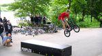 Aufgrund von Regen wurden die Peoples Store Summer Games kurzerhand in den Skatepark unter der Kölner Zoobrücke verlegt. Was dort abging, verrät unser Video.