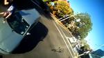 Möchtest du wirklich das Risiko eingehen, ein herannahendes Auto nicht zu bemerken?