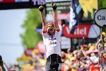Ein poetisches Comeback: Drei Jahre nach seinem Sieg bei Paris–Roubaix gewinnt John Degenkolb (Trek-Segafredo) die 9. Etappe der 105. Tour de France in Roubaix. Für den Deutschen ist es sein erster Sieg nach dem Unfall in 2016. (Foto: © ASO)