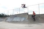 Torben und Mike, Train in Arlington, WA – erster Skatepark auf dem Trip