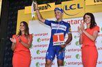 Für seinen Kampfgeist auf der 16. Etappe als er nach seinem Sturz weiterfuhr wurde Gilbert mit dem Titel des kämpferischsten Fahrer ausgezeichnet. Leider wurde kurz darauf offensichtlich, dass er nicht unversehrt den Sturz überstanden hatte. Nach einer Untersuchung im Krankenhaus wurde bekannt, dass Gilbert die Tour de France aufegeben muss. (Foto: Sirotti)