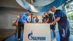 Team Gazprom-RusVelo trifft auf Schalke 04