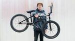 In diesem Kevin Nikulski Bikecheck zeigt uns Kevin sein Rad und erzählt die besten Geschichten vom Dortmunder Hauptbahnhof, seinem Trainingsrevier.