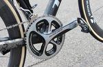 Der SRM PowerControl 7 war zwar an Cancellaras Lenker befestigt, wir finden aber keinen Powermeter am Bike. Das liegt daran, dass Cancellara lieber nach Gefühl anstatt nach Zahlen fährt.