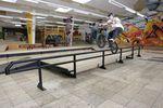Das Manualpad in der Projekt X Skatehalle Trier hat rechtzeitig zur wethepeople Autumn Session 2017 einen neuen Look verpasst bekommen. Florian Faust, Icepickgrind; Foto: Axel Reichertz