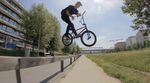 "Tom Venzke on fire! Checkt sein neues Streetvideo, das der Berlin-Local an nur einem Tag im Gleisdreieckpark für die ""Ride with Friends""-Crew gefilmt hat."