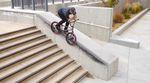 """Jake Seeley hat auf der """"Grow Up""""-DVD von Sunday Bikes mit einer Section voller technischer Leckerbissen verdientermaßen den Opener abgestaubt."""
