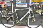 2014 erblickte das Storck Aernario Disc das Licht der Welt. 2016 ist der Hersteller mit einer überarbeiteten Version des Bikes auf dem Markt vertreten.