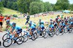 Barnel zog sich schwere Gesichtsverletzungen zu, Landa brach sich seinen Lendenwirbel. Seine Teilnahme bei der Vuelta a Espana, bei der er mit Nairo Quintana und Alejandro Valverde Movistar führen sollte, hängt in der Schwebe. (Foto: Sirotti)