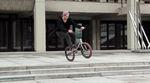 ¡Arriba! Florian Felix Koch überprüft in diesem Video den Mesa-Freecoaster von SaltPlus auf seine Streettauglichkeit.