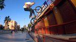 Jan Mihaly ist einer der kreativsten BMX-Fahrer, die dieses Land jemals hervorgebracht hat. Hier ist sein neues Video für SIBMX, Sunday Bikes und Odyssey.