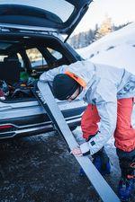 Um eine Skitour bewältigt werden zu können, ist ein genaues Auffellen notwendig.