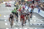 Zieleinfahrt am Ende der 9. Etappe der Tour de France. (Foto: Sirotti)