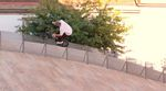 Das Centric Pedal von éclat ist anders als andere BMX-Pedale. In diesem Video nimmt Bruno Hoffmann die Dinger auf den Straßen von Frankfurt und Porto ran.