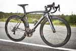 Imposante Erscheinung - das Bianchi Oltre XR2 zieht schon rein optisch alle Register und gehört zu den Rädern an die eine Campagnolo gehört.