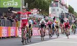 Der Plan ging auf: Das Team brachte Greipel in die perfekte Position fur seinen dritten Etappensieg. Foto: Sirotti