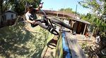 Chase Hawk hat sich ein neues Rad mit seinem Signaturerahmen im Goldvein-Colorway gegönnt und damit für dieses Video einige Spots in Austin abgeklappert.