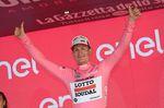 Andre Greipel sprintet zum Sieg und in das maglia rosa (Bild: Sirotti)