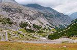 Der Passo dello Stelvio steht mit seinen 48 Haarnadelkurven ganz oben auf der Liste vieler Radsportler. (Foto: Steve Harris, via Flickr Creative Commons)