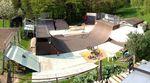 Felix Prangenberg besitzt etwas, was sich jeder BMXer wünscht: einen eigenen Rampenpark im Garten. Dass er den ziemlich gut im Griff hat, zeigt dieses Video.