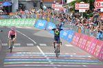 Valvedere sichert sich seinen Etappensieg. Foto: Sirotti