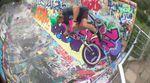 Konsty Rudobashta bewegt sich in seinem Welcome-Edit für den kunstform BMX Shop abseits ausgetretener Trick-, Spot- und Musikpfade.