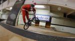 Frohe Weihnachten aus dem Fichtelgebirge: In diesem Video dreht der Weihnachtsmann eine Runde auf seinem BMX-Rad durch das RadQuartier in Kirchenlamitz.