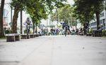 Zwischenstopp an den berühmten Warschauer-Straße-Bänken