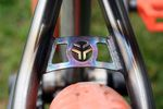 Seatstay Bridge mit Federal-Bikes-Logo am Lacey DLX BMX-Rahmen