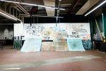 Wallride in der DIY-BMX-Halle Frankfurt