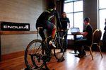 Ein guter Bikefitter macht kein Programm von der Stange, sondern geht individuell auf die Voraussetzungen und Ziele des Kunden ein.
