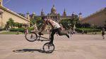 Sonne, Palmen, Flatlandsessions: Kevin Nikulski wirbelt in diesem Video im Auftrag von KHEbikes und mit viel guter Laune über die Plätze von Barcelona.