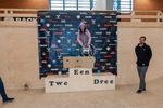 Die Gewinnerin der Klasse Amateure Women bei den German Open 2019 in der Skatehalle Oldenburg